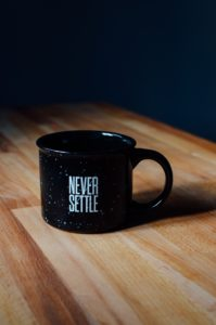 mortgage lender never settle mug